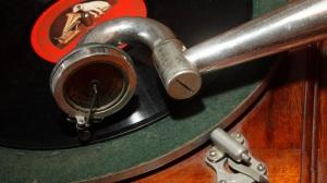 BLSaveOurSoundsgramophone